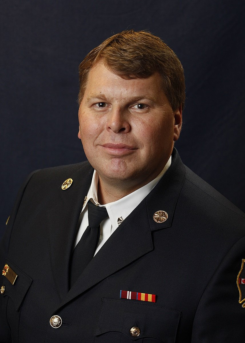 Surrey Auto Mall >> Larry Thomas is the new fire chief for City of Surrey ...